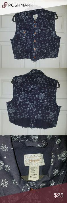 Levis denim vest Super cute pasiely print vest! Great for layering! Never worn. Levi's Tops