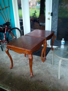 Two great end tables we dumpster dived for my son's college apartment.