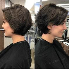 60 Classy Short Haircuts and Hairstyles for Thick Hair - Frisuren Color Photos Short Cur With Feathered Layers Short Hairstyles For Thick Hair, Haircut For Thick Hair, Short Hair Cuts, Pixie Cuts, Short Pixie, Wavy Pixie, Layered Short Hair, Short Haircut With Layers, Short Feminine Haircuts
