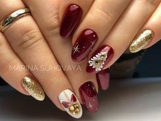 Christmas nails - TOP 25 Amazing inspirations you must see . - Christmas nails – TOP 25 amazing inspirations you Frensh Nails, New Year's Nails, Love Nails, Red Nails, Pretty Nails, Hair And Nails, Manicure, Pretty Makeup, Christmas Gel Nails