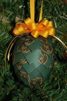 #Baylor University Bears folded pinecone ornament decoration. $8.99, via Etsy.