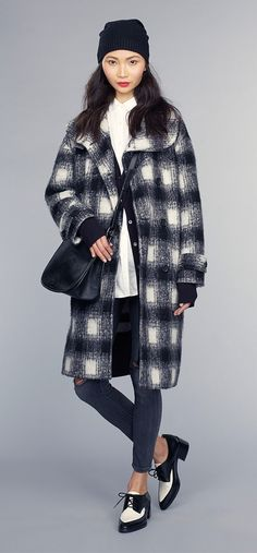fw2015 oversized plaid and some creepers with a heel for urban city living // Banana Republic