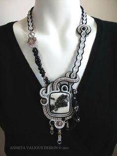 Papillon - Mes bijoux en perles - AV