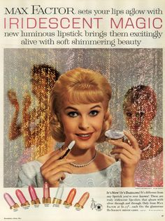 Max Factor, 1959 In other words not a mattee. Vintage Makeup Ads, Retro Makeup, Old Makeup, Vintage Beauty, Vintage Ads, Vintage Prints, Vintage Woman, Vintage Magazines, Vintage Stuff