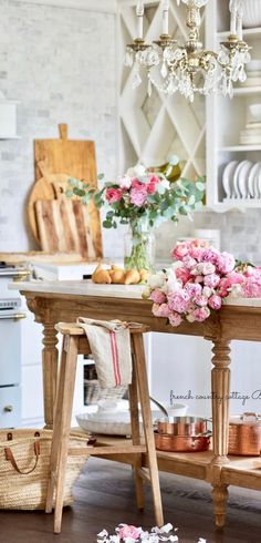 french decor French Country Fridays- Perfectly Imperfect - My Book - This week, French Country Friday is about all things French, design Country Look, French Country Kitchens, French Country Bedrooms, French Country Cottage, Country Farmhouse Decor, Country Style Homes, French Country Style, Country Interior, Rustic French