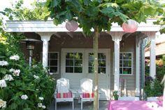 Romantisch tuinhuis met veranda op maat gemaakt