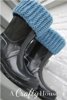 A Crafty House | Knit and Crochet Patterns and Accessories: Crochet Boot Liners Pattern