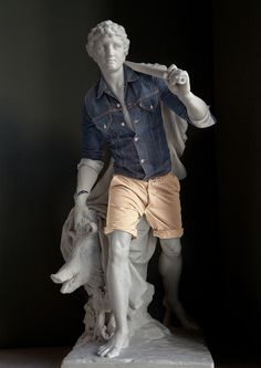 Modern-Day Street Clothes Added to Louvre Statues