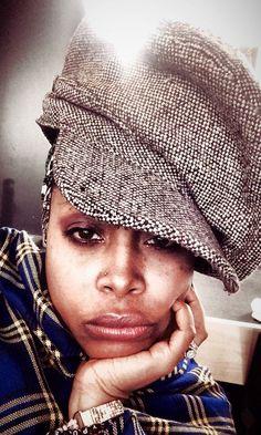 Ms Badu in Chicago! Black Is Beautiful, Beautiful People, Beautiful Women, Black Girls, Black Women, Afro Punk Fashion, Women's Fashion, Jheri Curl, African Head Wraps