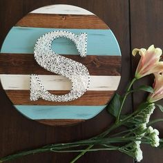 Handcrafted string art on wooden canvases. by maridooodle on Etsy String Art Letters, String Wall Art, Nail String Art, String Art Templates, String Art Tutorials, Diy Arts And Crafts, Creative Crafts, Bubble Art, Thread Art