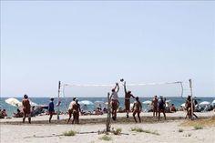 """Olvidar el bañador en Vera, el pueblo que """"vive todo el año desnudo""""   Mira la foto - Yahoo Finanzas España"""