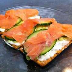 smoked salmon and cucumber sandwhich
