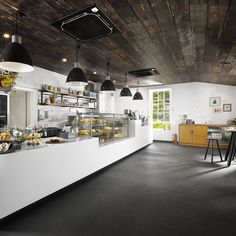 Campus café is a major achievement delivered with minor ostentation...  http://www.weheart.co.uk/2014/05/15/the-pantry-old-government-house-brisbane/