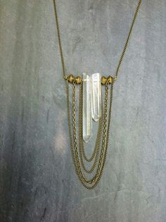 Raw Quartz Crystal Asymmetrical Necklace with Layered Brass Chain and Brass Bead Detailing - boho chic, high fashion, cascade necklace Source by aimeemoreland fashion idea Crystal Jewelry, Wire Jewelry, Boho Jewelry, Jewelry Crafts, Jewelery, Jewelry Accessories, Jewelry Necklaces, Jewelry Design, Fashion Jewelry