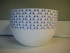 Vintage Kaj Franck Arabia Finel Violet Cloverleaf Enamelware Bowl