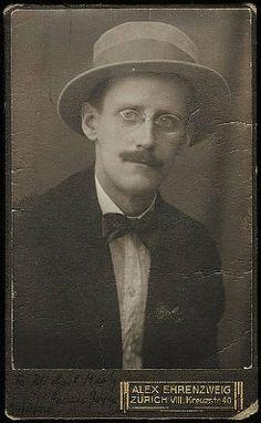 James Joyce, writer