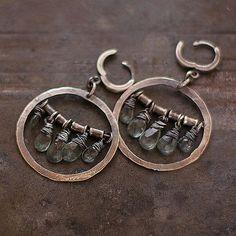 Verkauf 10 % Rabatt auf Moos Aquamarin Ohrringe  von ewalompe