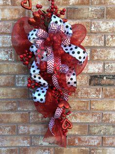 Valentine Wreath Valentine SwagHeat Wreath Heart Swag  by Keleas, $59.99