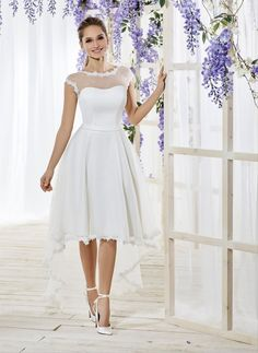 Vestidos de Novia de Just For You By The Sposa Group Italia Civil Wedding Dresses, Rustic Wedding Dresses, Lace Wedding, Short Bride, Weeding Dress, African Dresses For Women, Designer Dresses, Vintage Dresses, Lace Dress