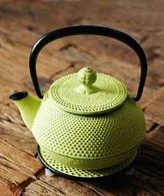 ENCHAN-THE JAPON(アンシャンテジャポン)のZOZOTOWN別注 南部鉄器 LIME(キッチンツール)|その他 Japanese Taste, Japanese Design, Japanese Culture, Cast Iron Kettle, Japanese Kitchen, Tea Culture, Chinese Tea, Tea Blends, Chocolate Pots