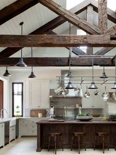 These beautiful farmhouse kitchen style and ideas that I'm gonna show you will make your life much better, especially when you spend most of your time in the kitchen. So, here are some inspirations of farmhouse kitchen style and ideas that you may try. Farmhouse Kitchen Interior, Rustic Country Kitchens, Country Kitchen Designs, Cabin Kitchens, Modern Farmhouse Kitchens, Home Decor Kitchen, Rustic Kitchen, Interior Design Kitchen, New Kitchen