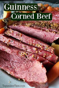 Corned Beef In Oven, Baked Corned Beef, Homemade Corned Beef, Cooking Corned Beef, Crockpot Cabbage Recipes, Beef Brisket Recipes, Healthy Beef Recipes, Cooking Recipes, Healthy Food