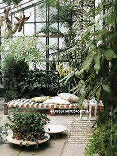 Garden jungle event idea on pinterest jungles jungle for Green garden rooms
