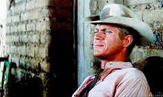 Animated gif shared by Carol Owens. Find images and videos about gif and steve mcqueen on We Heart It - the app to get lost in what you love. Steven Mcqueen, Gif Animé, Animated Gif, Classic Hollywood, Old Hollywood, Hollywood Stars, Biopic Movies, Steve Mcqueen Style, Viejo Hollywood