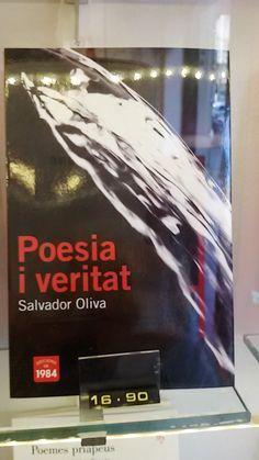 """""""Poesia i veritat"""" de Salvador Oliva. Edicions de 1984."""
