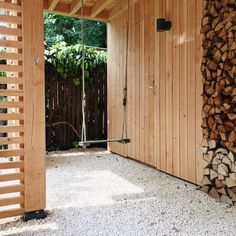 Op zoek naar een tuinontwerp of tuinarchitect? De Peppels ontwerpt tuinen om in te leven, te feesten en te spelen. In de stad en ver daarbuiten. Sunroom Furniture, Diy Outdoor Furniture, Outdoor Decor, Garden Art, Garden Design, Home And Garden, Garden Ideas, Backyard, Patio