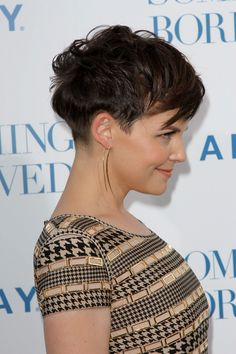 Ginnifer Goodwin, great side view of her awesome cut