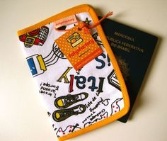 "Porta-passaporte ""Trip"" - FofysFactory"
