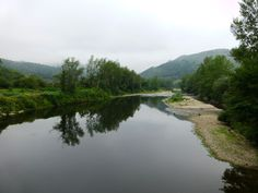 El Río Nalón visible en la etapa 1 del Anillo Ciclista de la Montaña Central de Asturias Información de oferta  para disfrutar esta actividad http://www.bttasturias.es/pages/index/monta-en-bike-anillo-ciclista