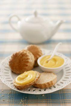 Scones und Lemoncurd | http://eatsmarter.de/rezepte/scones-und-lemoncurd