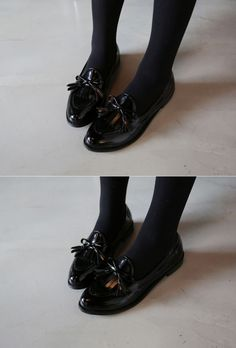 10's trendy style maker 66girls.us! Bow and Kilted Accent Loafers (DFPF) #66girls #kstyle #kfashion #koreanfashion #girlsfashion #teenagegirls #fashionablegirls #dailyoutfit #trendylook #globalshopping