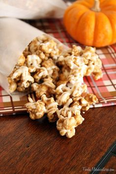 White Chocolate Pumpkin Spice Popcorn   The Marvelous Misadventures of a Foodie