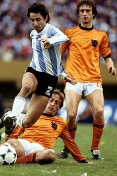 Argentina 3 Holland 1 in 1978 in Buenos Aires. Osvaldo Ardiles jumps over a Johan Neeskens tackle in the World Cup Final.
