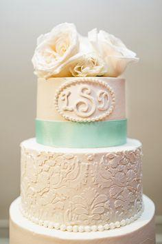 Ashley cakes | Robyn Van Dyke Photography