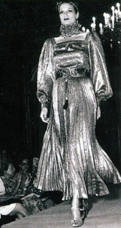 1976-77 - Yves Saint Laurent Couture - Willy