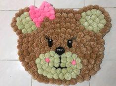 Diy Crafts For Girls, Diy Home Crafts, Diy Crafts To Sell, Arts And Crafts, Pom Pom Crafts, Yarn Crafts, Machine A Pompon, Diy Tapis, Diy Teddy Bear