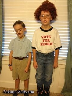 Napoleon Dynamite Family Costume - Halloween Costume Contest