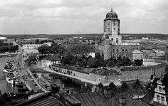 Linna on Viipurin symboli. Linnan ympäristöä 1930-luvulta. Kuvaaja Eino Partanen tallensi runsaasti kotikaupunkiaan.