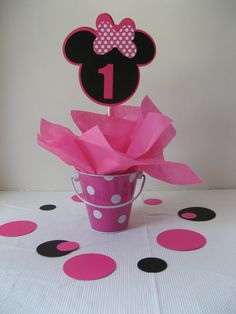 Minnie Mouse centerpiece by missdaisyw on Etsy