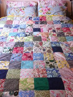 Finally I have finished my patchwork bed spread