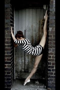 Urban dance shoot.  (I can't do this, but I'd be happy to take the picture :-) )