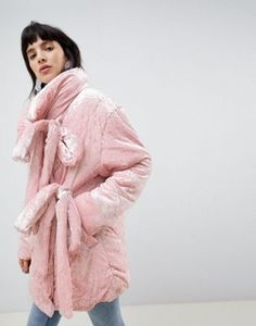 Find the best selection of ASOS Velvet Puffer Jacket. Shop today with free delivery and returns (Ts&Cs apply) with ASOS! Asos Online Shopping, Online Shopping Clothes, Latest Fashion Clothes, Fashion Online, Lolita Fashion, Puffer Jackets, Fur Coat, Velvet, Mens Fashion