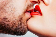 Saint-Valentin : le pouvoir étonnant des baisers sur la santé