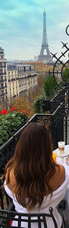 Romantic Paris, Beautiful Paris, I Love Paris, The Sky Is Everywhere, Travel Around The World, Around The Worlds, Jandy Nelson, Moving To Paris, Exotic Places