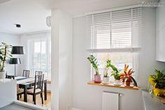 Żaluzje drewniane 50mm - Żaluzjoniści Blinds, Sweet Home, Windows, Curtains, Living Room, Google, Home Decor, Decoration Home, House Beautiful