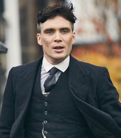 Cillian Murphy as Thomas Shelby Peaky Blinders Tommy Shelby, Peaky Blinders Thomas, Cillian Murphy Peaky Blinders, Boardwalk Empire, Thomas Shelby Suit, Traje Peaky Blinders, Cillian Murphy Tommy Shelby, Peeky Blinders, Peaky Blinders Wallpaper
